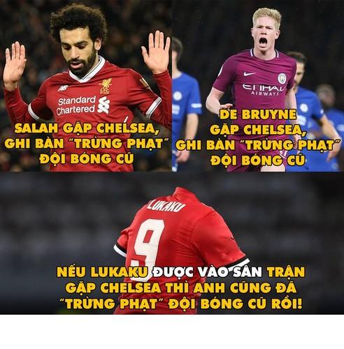 "Anh che bong da: Trong tai Ronaldo ""cuop"" ban thang cua Messi-Hinh-4"