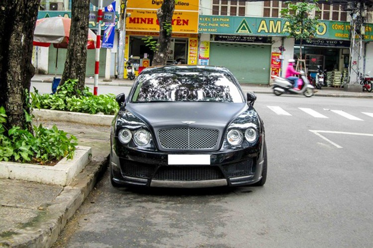 Sieu xe sang Bentley tien ty do Mansory tai Sai Gon