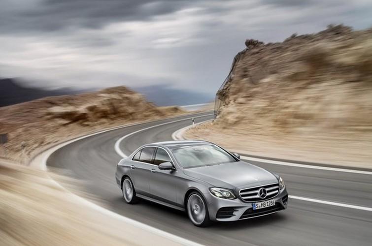 Mercedes-Benz ra mat sedan hang sang E-Class moi-Hinh-14