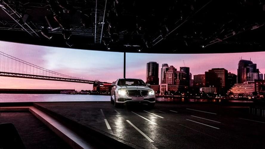 Mercedes-Benz ra mat sedan hang sang E-Class moi-Hinh-3
