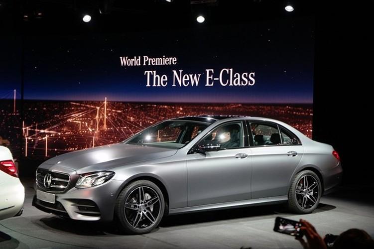 Mercedes-Benz ra mat sedan hang sang E-Class moi-Hinh-5
