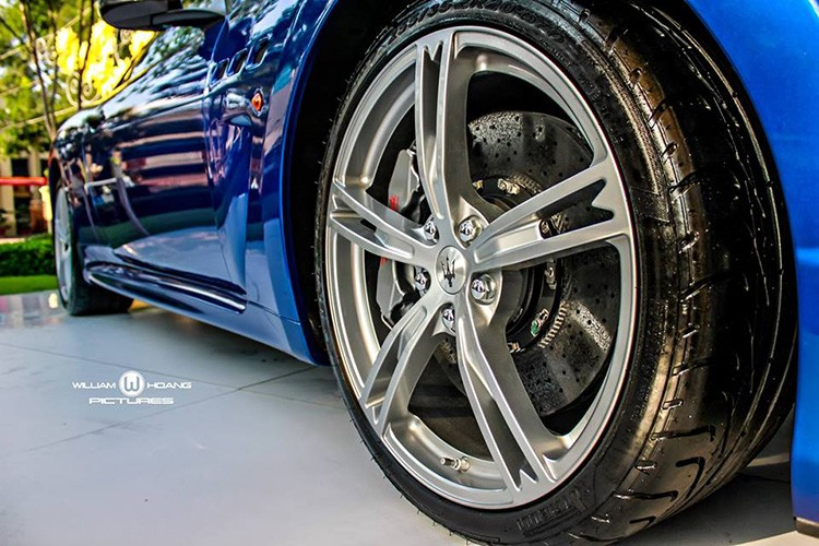Maserati GranTurismo MC Stradale gia 9,2 ty tai Viet Nam-Hinh-12