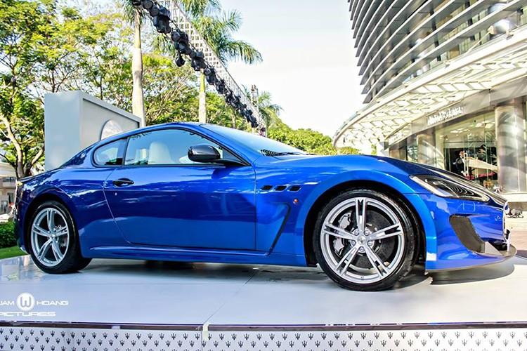 Maserati GranTurismo MC Stradale gia 9,2 ty tai Viet Nam-Hinh-2