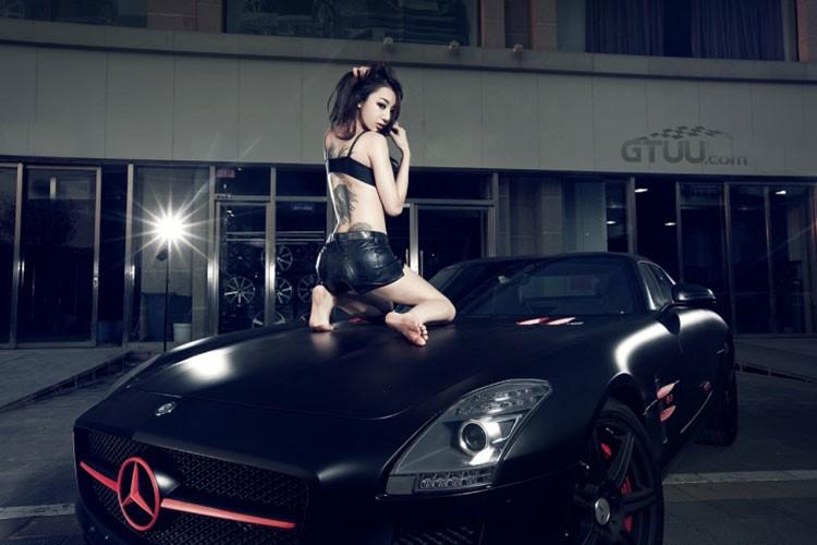 Sieu xe Mercedes SLS AMG hon 11 ty do dang chan dai-Hinh-6