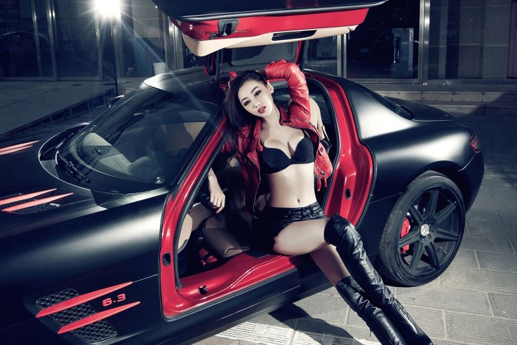 Sieu xe Mercedes SLS AMG hon 11 ty do dang chan dai-Hinh-7