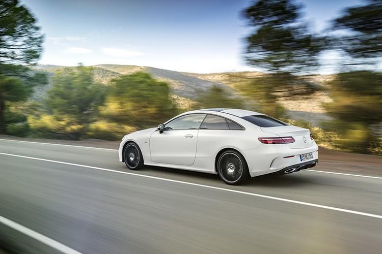 Mercedes-Benz bat ngo ra mat E-class Coupe Edition 1-Hinh-4