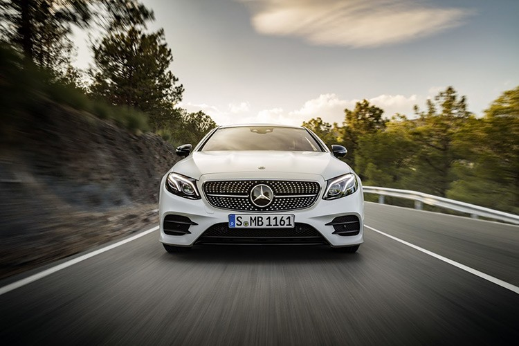 Mercedes-Benz bat ngo ra mat E-class Coupe Edition 1