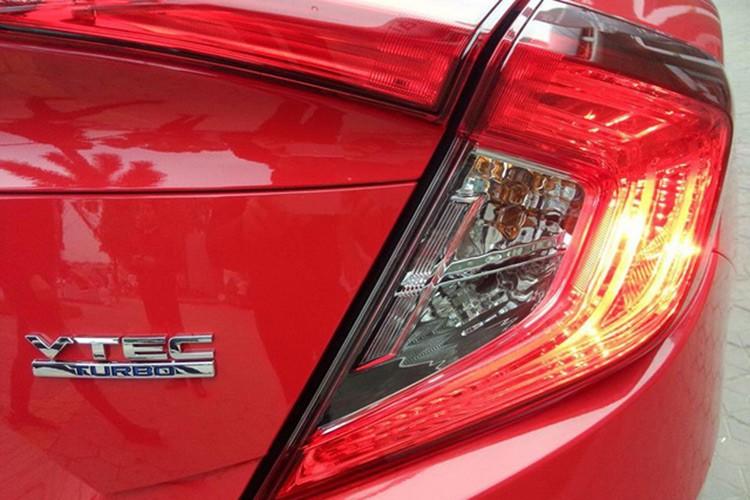 Honda Civic 2017 gia 950 trieu ve dai ly o Ha Noi-Hinh-5