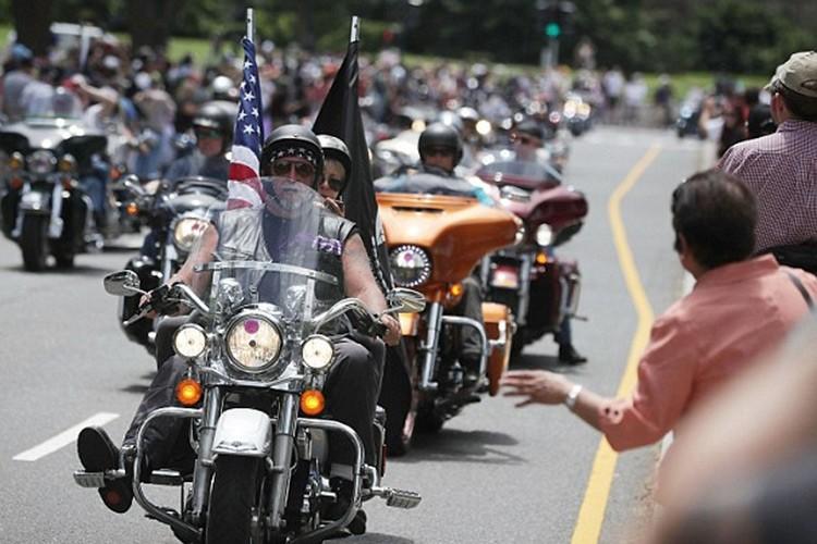 Hang nghin dan choi moto Harley-Davidson ung ho Trump-Hinh-9