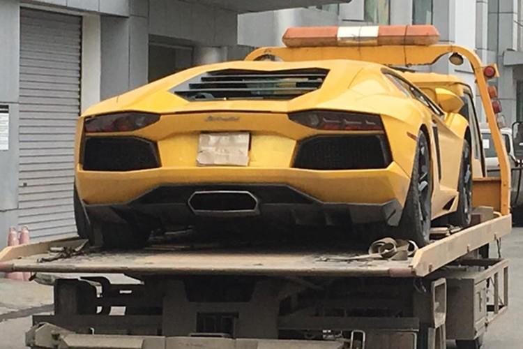 Bo doi Lamborghini 39 ty tu Ha Noi ve Sai Gon don Tet-Hinh-4