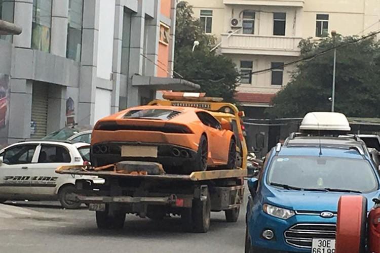 Bo doi Lamborghini 39 ty tu Ha Noi ve Sai Gon don Tet-Hinh-8