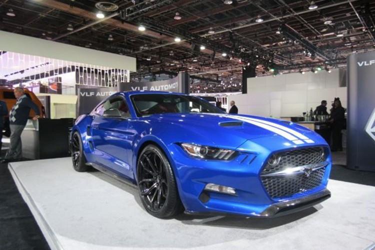 """Ten lua"" Ford Mustang V8 725 ma luc chuan bi ra lo-Hinh-2"