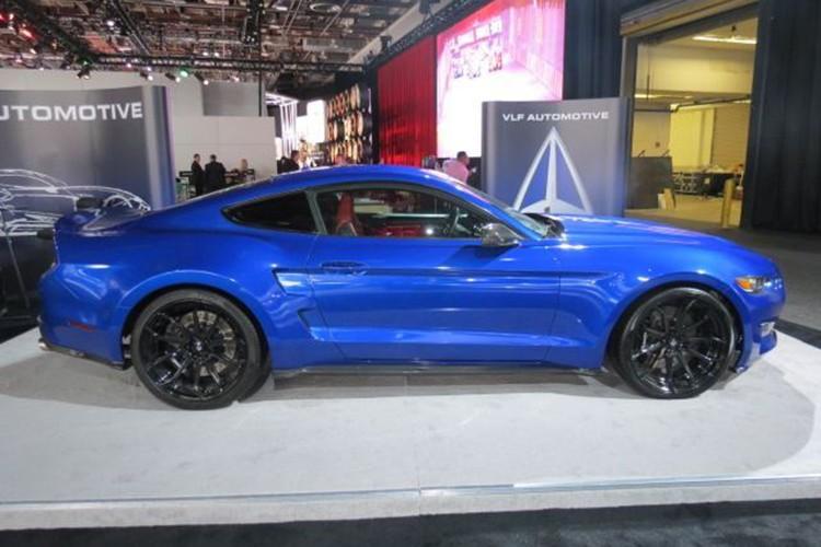 """Ten lua"" Ford Mustang V8 725 ma luc chuan bi ra lo-Hinh-3"