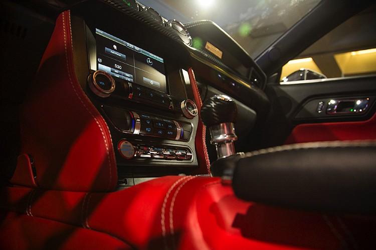 """Ten lua"" Ford Mustang V8 725 ma luc chuan bi ra lo-Hinh-6"