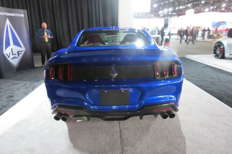 """Ten lua"" Ford Mustang V8 725 ma luc chuan bi ra lo-Hinh-8"
