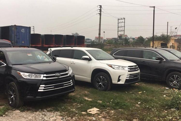 QBV Thanh Luong chi tien ty tau Toyota Highlander 2017-Hinh-8