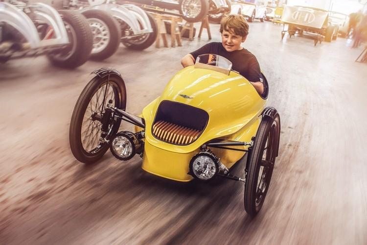 Xe 3 banh Morgan EV3 Junior cho tre em gia 200 trieu