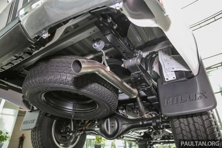 Toyota Hilux ban dac biet gia 644 trieu tai Malaysia-Hinh-10