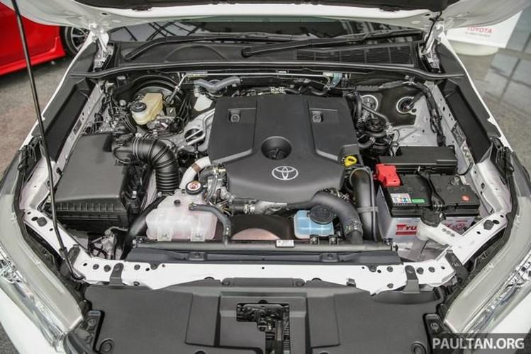 Toyota Hilux ban dac biet gia 644 trieu tai Malaysia-Hinh-11