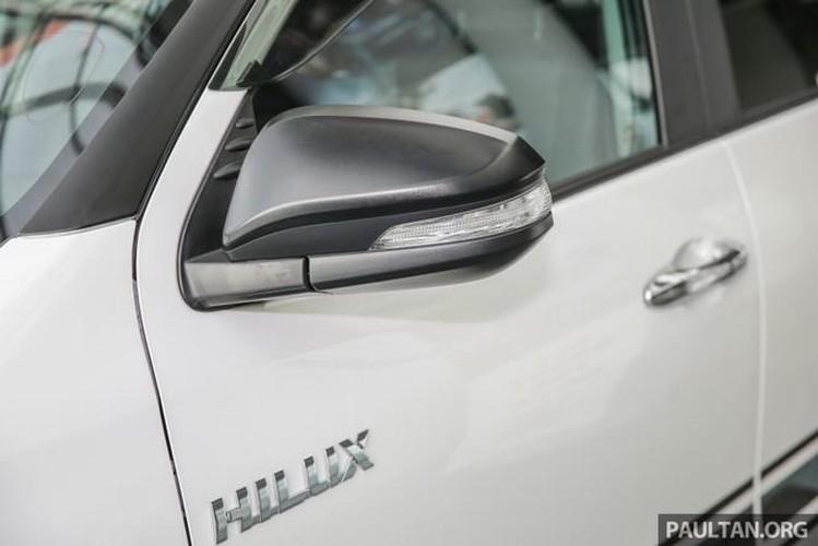 Toyota Hilux ban dac biet gia 644 trieu tai Malaysia-Hinh-3