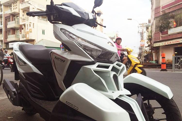 Honda Click do 3 banh nhu sieu moto tai Sai Gon-Hinh-2