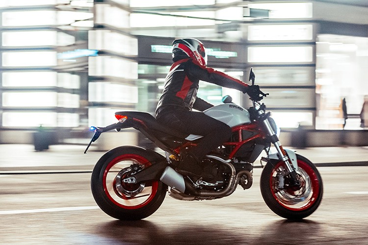 "Ducati Monster 797 ""chot gia"" 300 trieu tai Viet Nam?-Hinh-13"