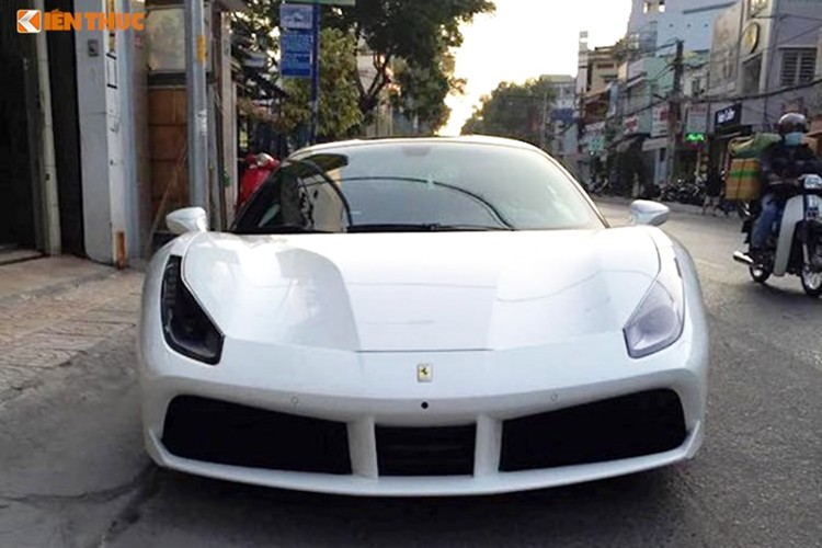 Sieu xe Ferrari 488 GTB cua Cuong Do la ra bien Ha Noi-Hinh-3