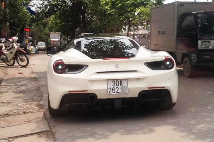 Sieu xe Ferrari 488 GTB cua Cuong Do la ra bien Ha Noi