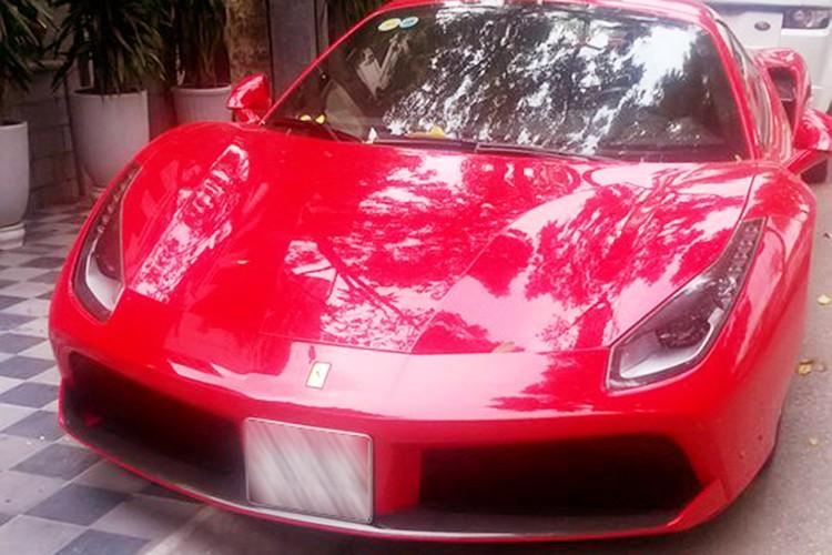 Ferrari 488 Spider gia hon 15 ty ra bien trang tai Ha thanh-Hinh-2