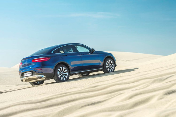 """Mercedes GLC 300 4MATIC Coupe """"chot gia"""" 2,9 ty tai VN-Hinh-5"""