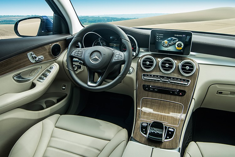 """Mercedes GLC 300 4MATIC Coupe """"chot gia"""" 2,9 ty tai VN-Hinh-6"""