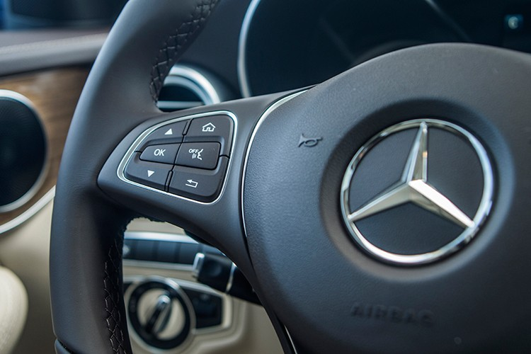 """Mercedes GLC 300 4MATIC Coupe """"chot gia"""" 2,9 ty tai VN-Hinh-7"""