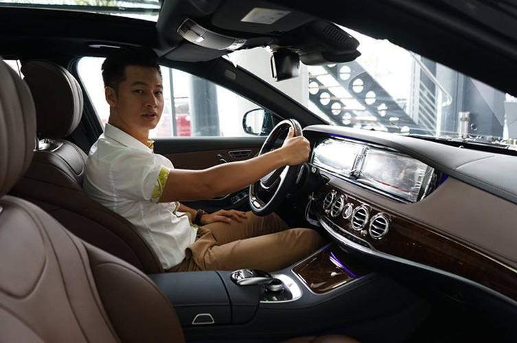 """Ca si Duc Tuan chi 4 ty """"tau"""" Mercedes-Benz S400L-Hinh-4"""