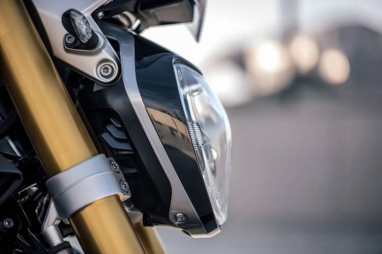 "Moto BMW R1200R Black Edition ""chot gia"" 394 trieu-Hinh-4"