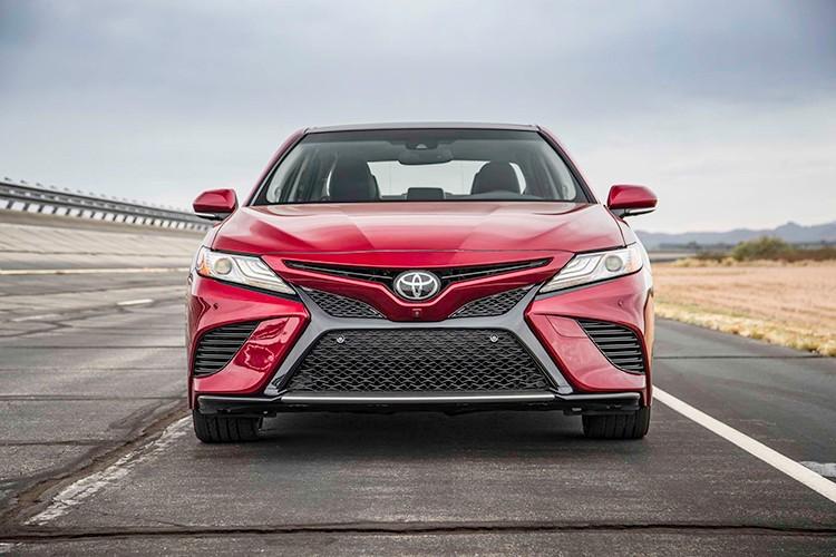 Toyota Camry phien ban 2018 sap cap ben Viet Nam?-Hinh-4
