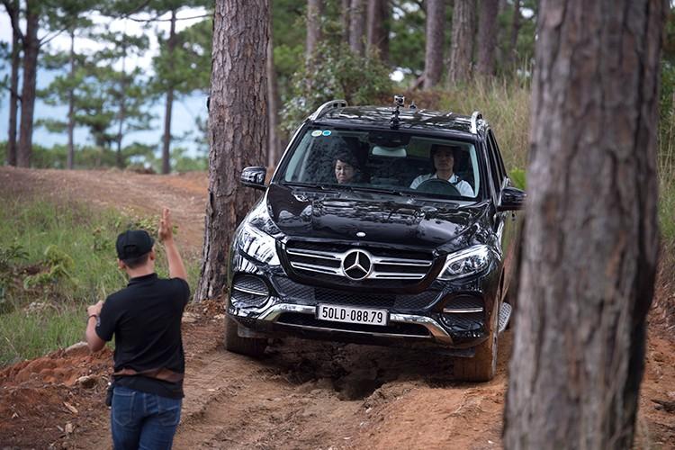 Len rung, xuong bien cung Mercedes-Benz SUVenture 2017-Hinh-4