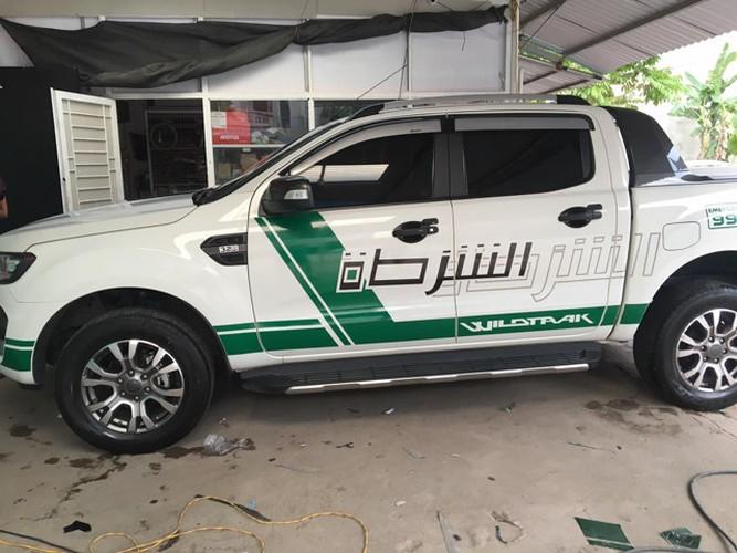 """Dan choi """"xe hop"""" Viet ro trao luu do tem canh sat Dubai-Hinh-5"""