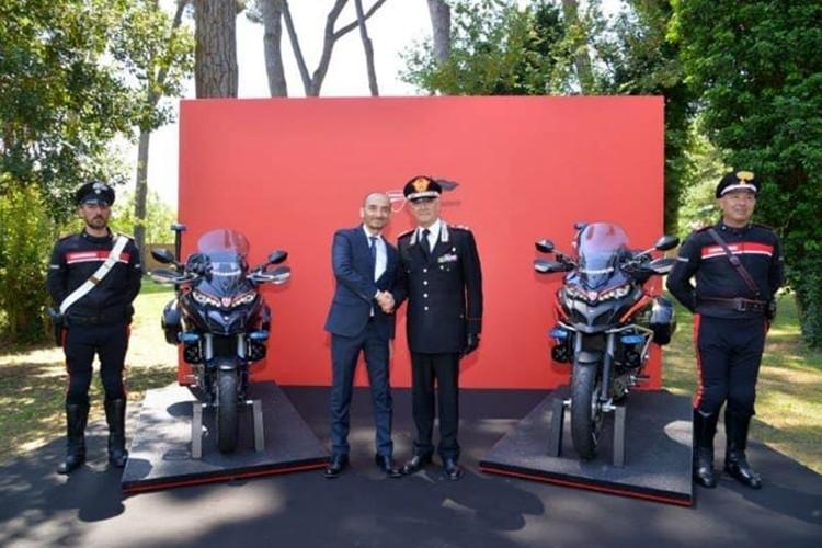 """Soi"" moto Ducati Multistrada 1200 cua canh sat Y-Hinh-5"
