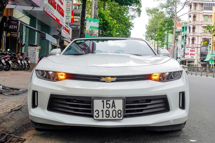 Chevrolet Camaro 2017 mui tran hon 3 ty tai Sai Gon-Hinh-2
