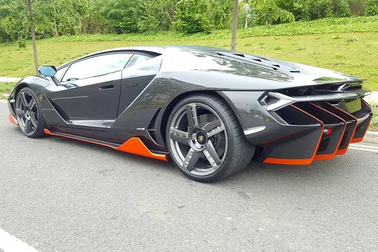 Lamborghini Centenario trieu do dau tien den Anh quoc-Hinh-3