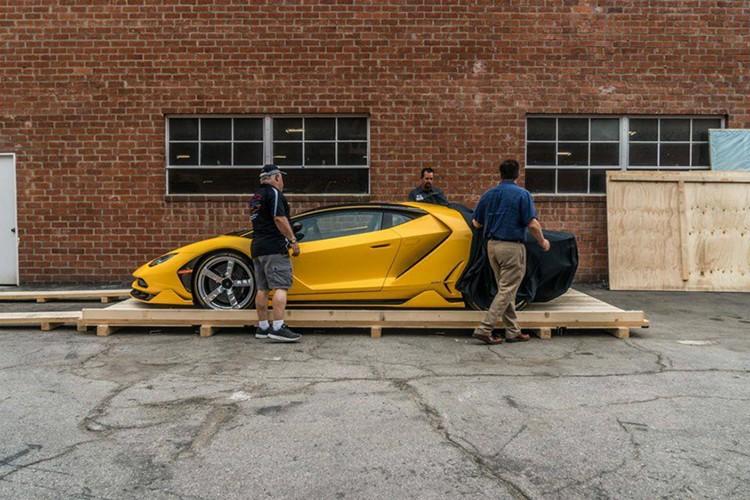 """Dap thung"" Lamborghini Centenario mau doc gia 43 ty-Hinh-2"