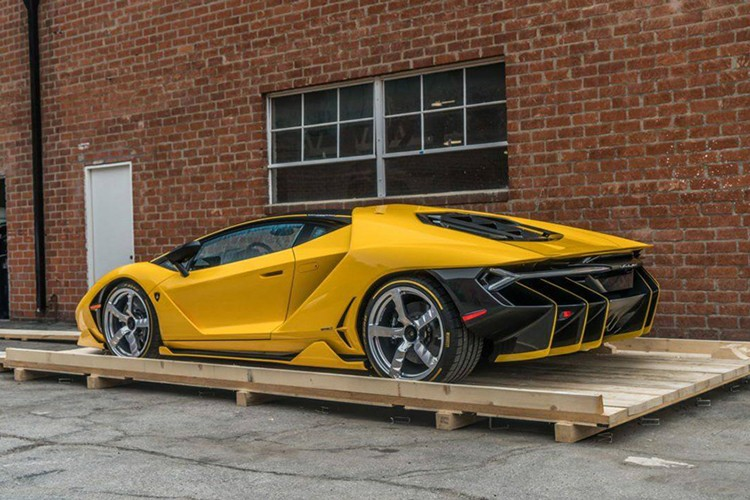 """Dap thung"" Lamborghini Centenario mau doc gia 43 ty-Hinh-4"