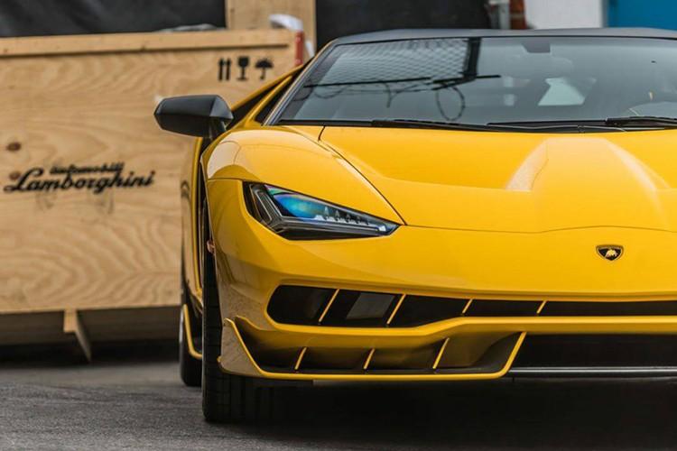 """Dap thung"" Lamborghini Centenario mau doc gia 43 ty-Hinh-5"