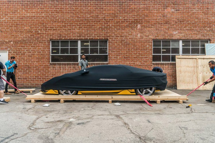 """Dap thung"" Lamborghini Centenario mau doc gia 43 ty"