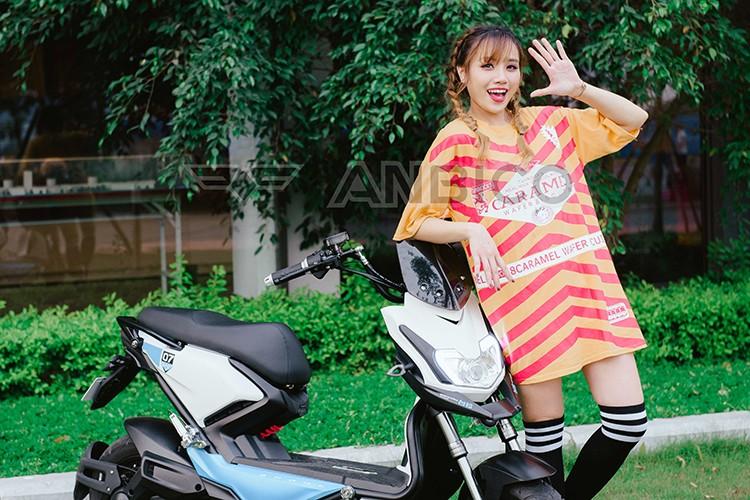 Teen Viet do ca tinh voi xe dien Anbico Zoe-Hinh-2