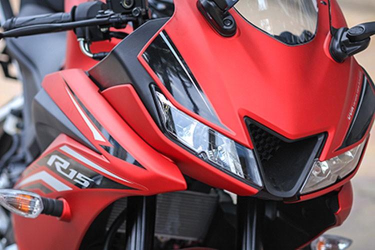 Yamaha R15 phien ban 2017 gia 112 trieu dong tai Ha Noi-Hinh-3