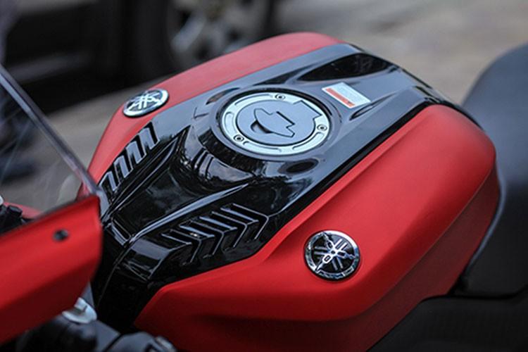 Yamaha R15 phien ban 2017 gia 112 trieu dong tai Ha Noi-Hinh-4