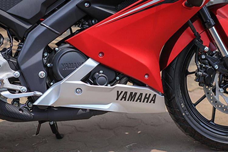 Yamaha R15 phien ban 2017 gia 112 trieu dong tai Ha Noi-Hinh-7