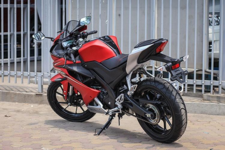 Yamaha R15 phien ban 2017 gia 112 trieu dong tai Ha Noi-Hinh-8