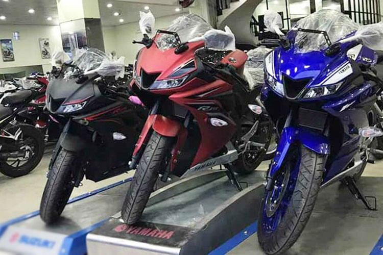 Yamaha R15 phien ban 2017 gia 112 trieu dong tai Ha Noi-Hinh-9